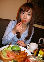 人妻パラダイス りえ(31)