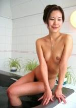 【人妻伝 午後の奥様 秘密の情事】美人妻初3P 三田村夕希28歳